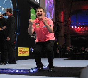 BETVICTOR WORLD MATCHPLAY 2015 WINTER GARDENS,BLACKPOOL PIC;LAWRENCE LUSTIG ROUND 1 ROBERT THORNTON V KEEGAN BROWN KEEGAN BROWN WINS